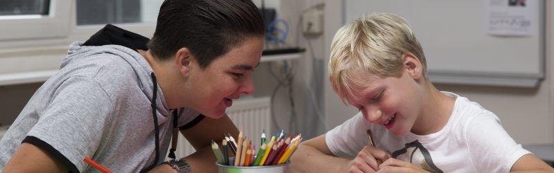 Bij BSO Dynamo Bussum krijgen kinderen met gedrags- en ontwikkelingsproblematiek extra aandacht.