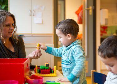 Samen bouwen bij Peuterspeelzaal de Regenboog Bussum
